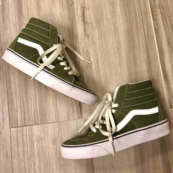 6d8a4e97cecf2e Olive Green Hi   High Top Vans. M 5abc7dd75521bef3d0d82f47